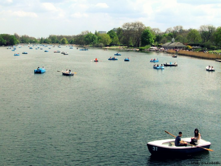 Boaters at Hyde Park enjoying the warm weather