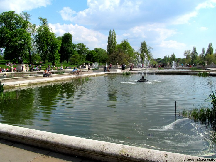 Fountain at Hyde Park