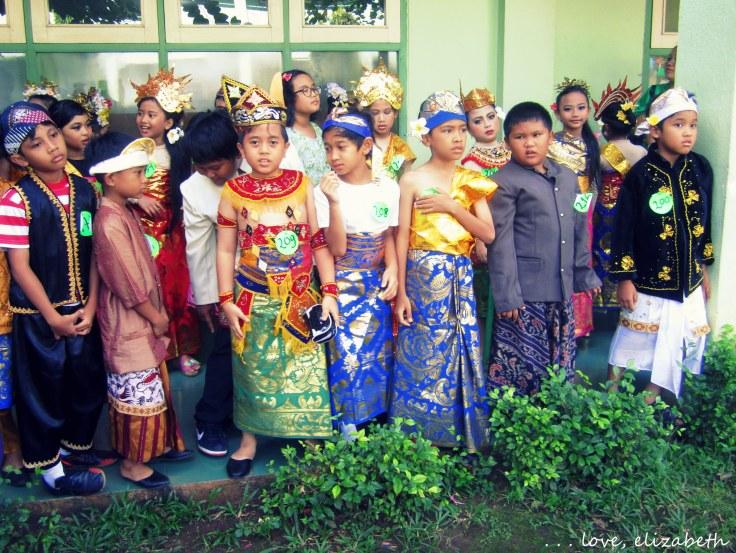 Kartini costumes